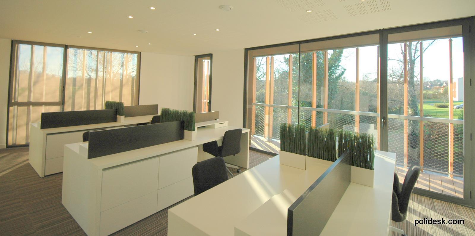 Deux espaces de travail de 6 postes sont à la disposition des indépendants recherchant une solution flexible pour leurs bureaux