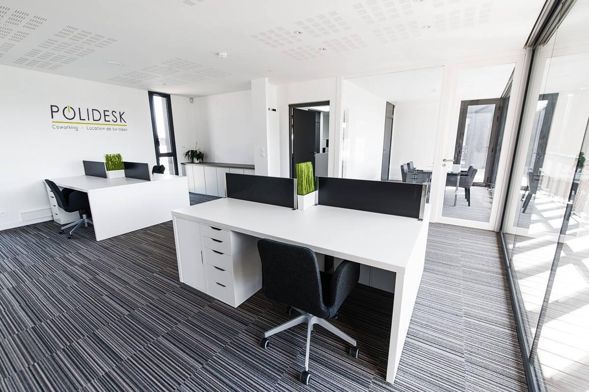 Open space 4 polidesk bureaux cl en main vannes for Bureau vannes